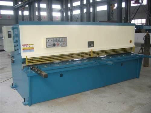 8×2500液压摆式剪板机